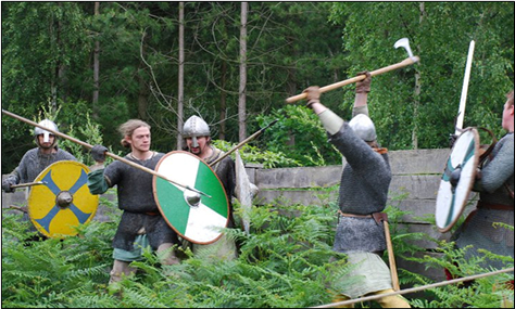 Saxons and Vikings fight in a forest